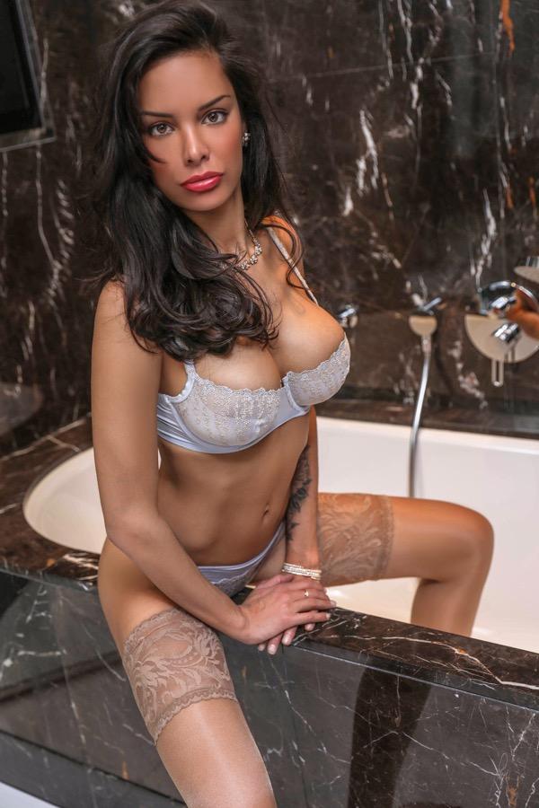 belodie-milano-escort-italiy-agency-swiss.jpg