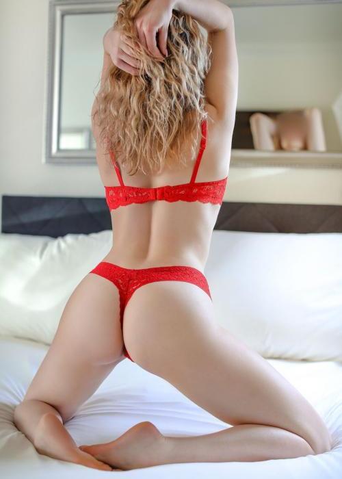 kamilla-neuchatel-escort-agence-lausanne-miami-sex