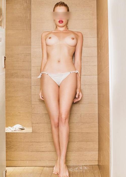 Naomie | Dreams High escort agency, escort geneve, escort montreux, escorte lausanne, escorte girl