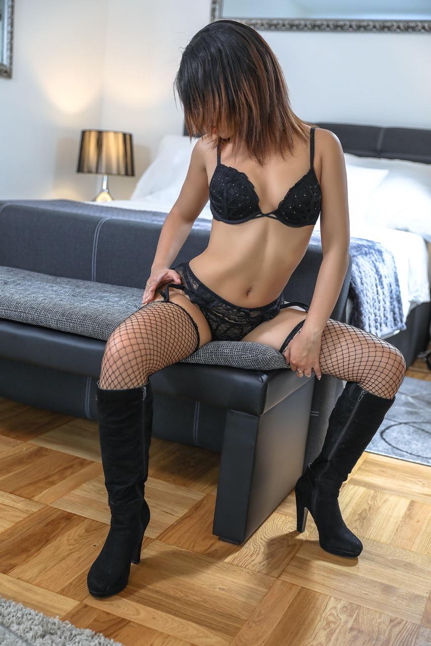 nina-geneva-escorte-geneve-escort-girl-montreux.jpg