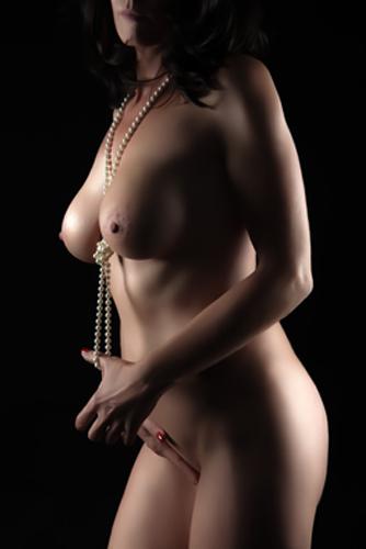 serena-italia-escort-girl-zurich-bale-montana-paris-monaco.jpg