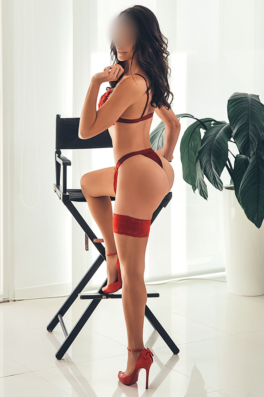charlotte-monaco-escort-girl-milf-madrid-agence-geneva-agency.jpg