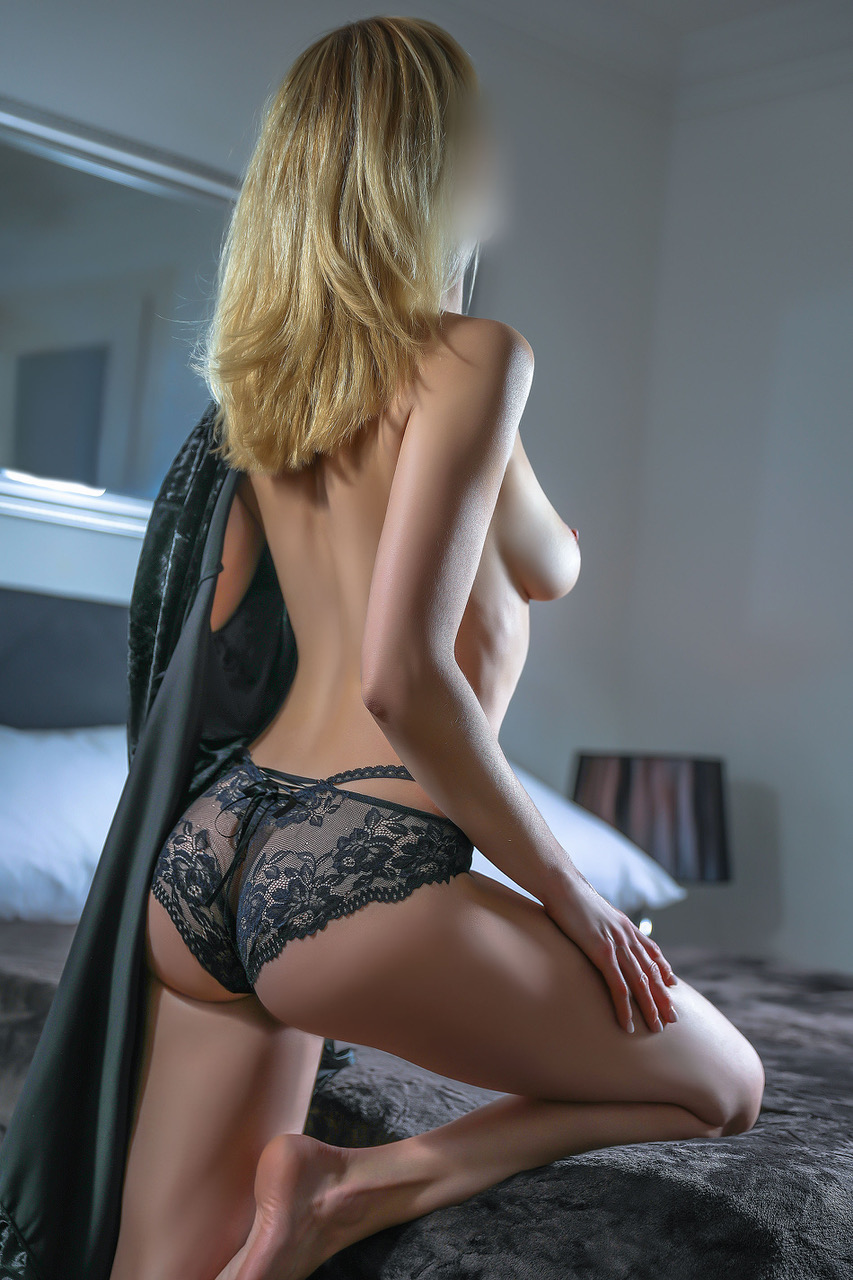 cristina-lausanne-zurich-escorte-geneve-agence-escort-2.jpg