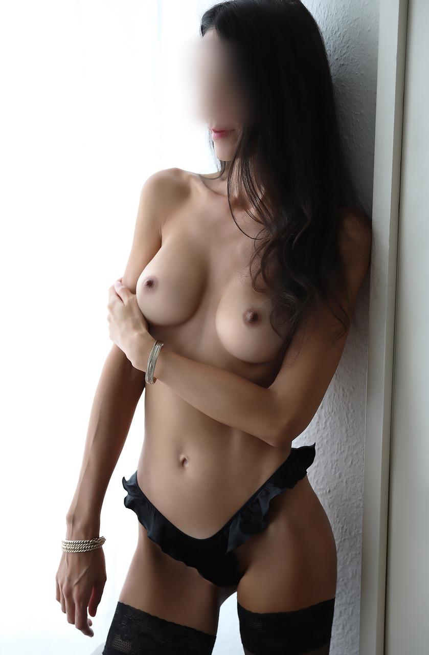 ginette-escorte-paris-agence-escort-girl-suisse-geneve.jpg