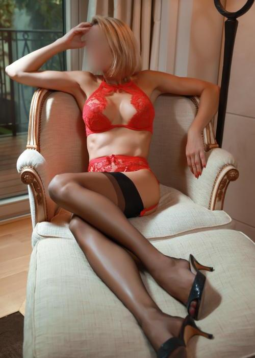 Julie | superbe escorte de luxe, sexy escort girl, Dreams agency, escort geneve, escort lausanne