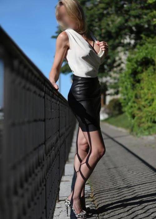Julie | superbe escorte de luxe, sexy escort girl, Dreams agency, escort geneve