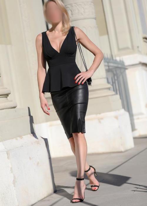 Julie | superbe escorte de luxe, sexy escort girl, Dreams agency, escort geneve, escort lausanne