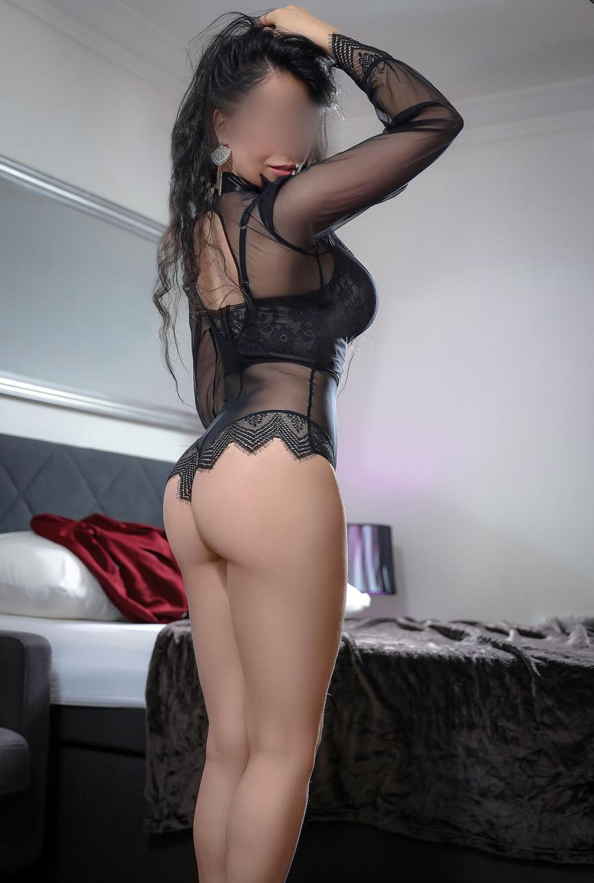 lola-luxe-escorte-girl-zurich-morges-agence-berne-2.jpg