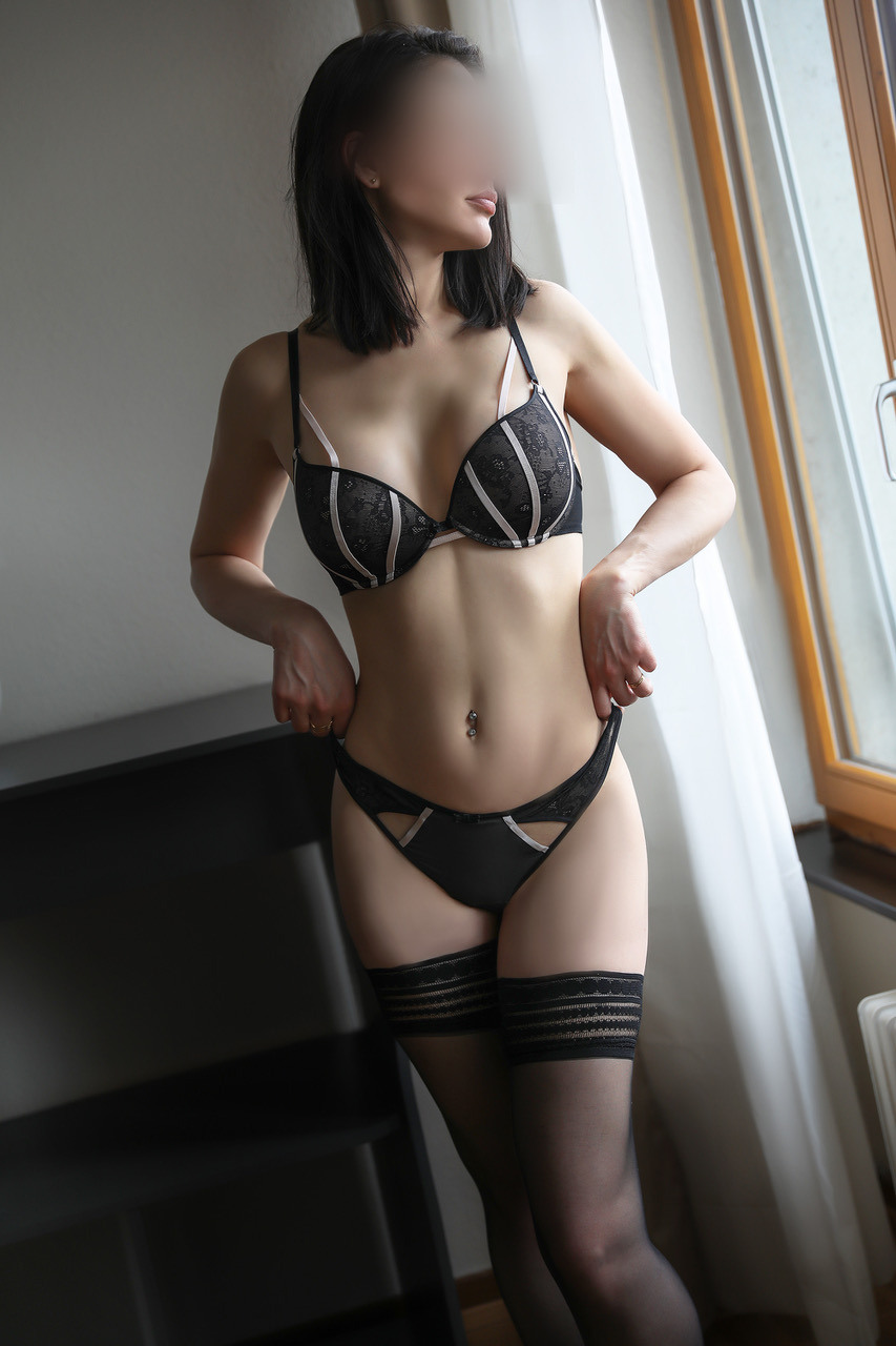 mila-zurich-escort-girl-paris-geneve-agence-escorte-agency.jpg